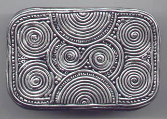 Silver Balinese Filigree Tin Bottom.